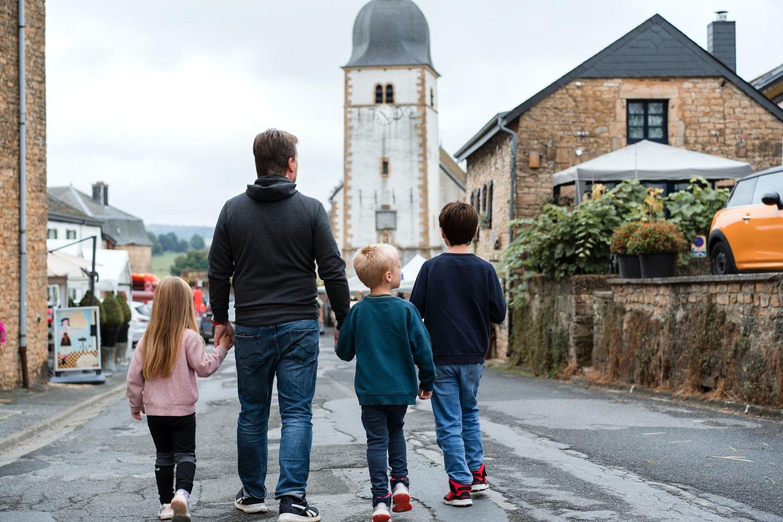 Chassepierre village wallonie Gaume Florenville Province Luxembourg trou des fées