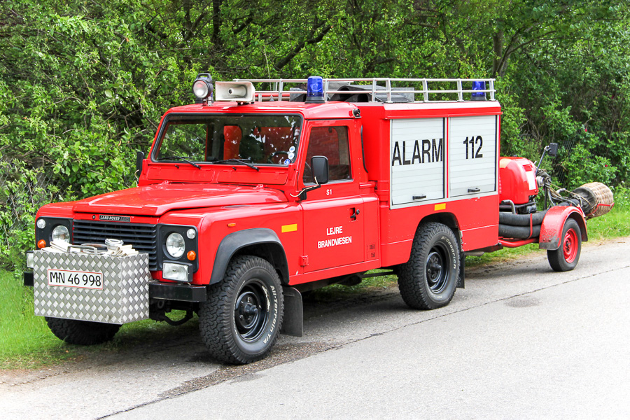 Lejre Brandvæsen S1. Land Rover Defender slangetender med påhængspumpe Foto: Henning Svensson