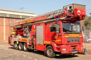 Et imponerende køretøj. 53 m Bronto redningslift. Hjemmehørende på station F22, brandvæsenets teknik- og miljøstation. Foto: Henning Svensson