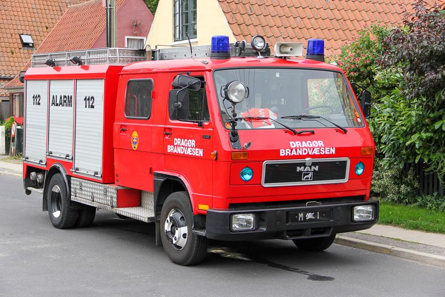 MAN-VW autosprøjte, også kendt som mini-MAN, foran brandstationen i Dragør. Foto: Henning Svensson