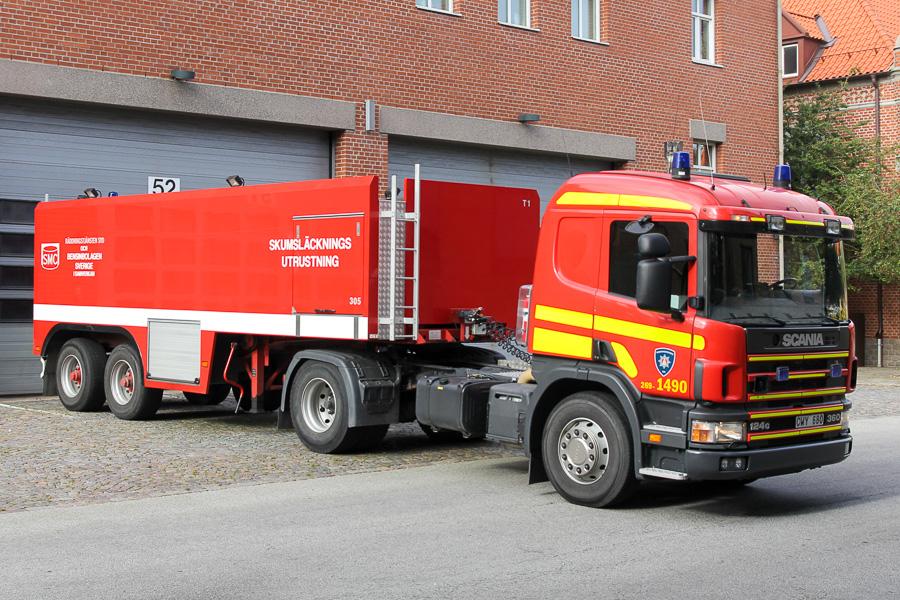 Stor skumbil til brug ved olieindustribrande. Køretøjet er en del af et koncept under SMC – Släckmedelscentralen, som faciliteres af bl.a. Räddningstjänsten Syd i Malmö. Foto: Tony Frimodt