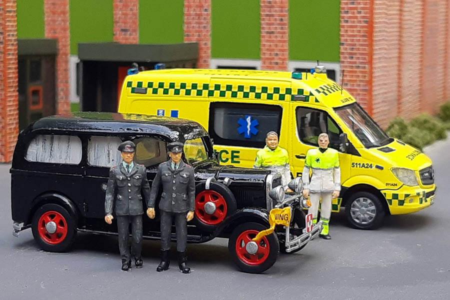 Fortid og nutid mødes hos Falck i Taastrup. Diorama af Jacob Stoppel. Modelbiler og foto af Steffen Lund