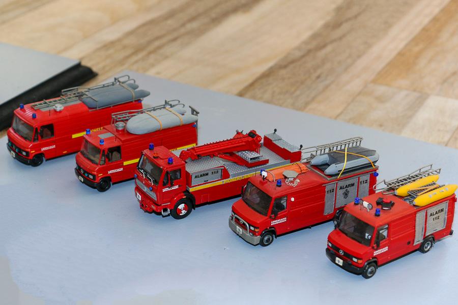 To generationer pionerkøretøjer fra Københavns Brandvæsen, skala 1:87, bygget af Dennis Olsen, Christian Aagaard Nielsen og Steffen Lund. Foto: Henning Svensson