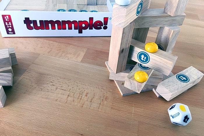 Tummple-Spielmaterial: Holzklötze und Würfel