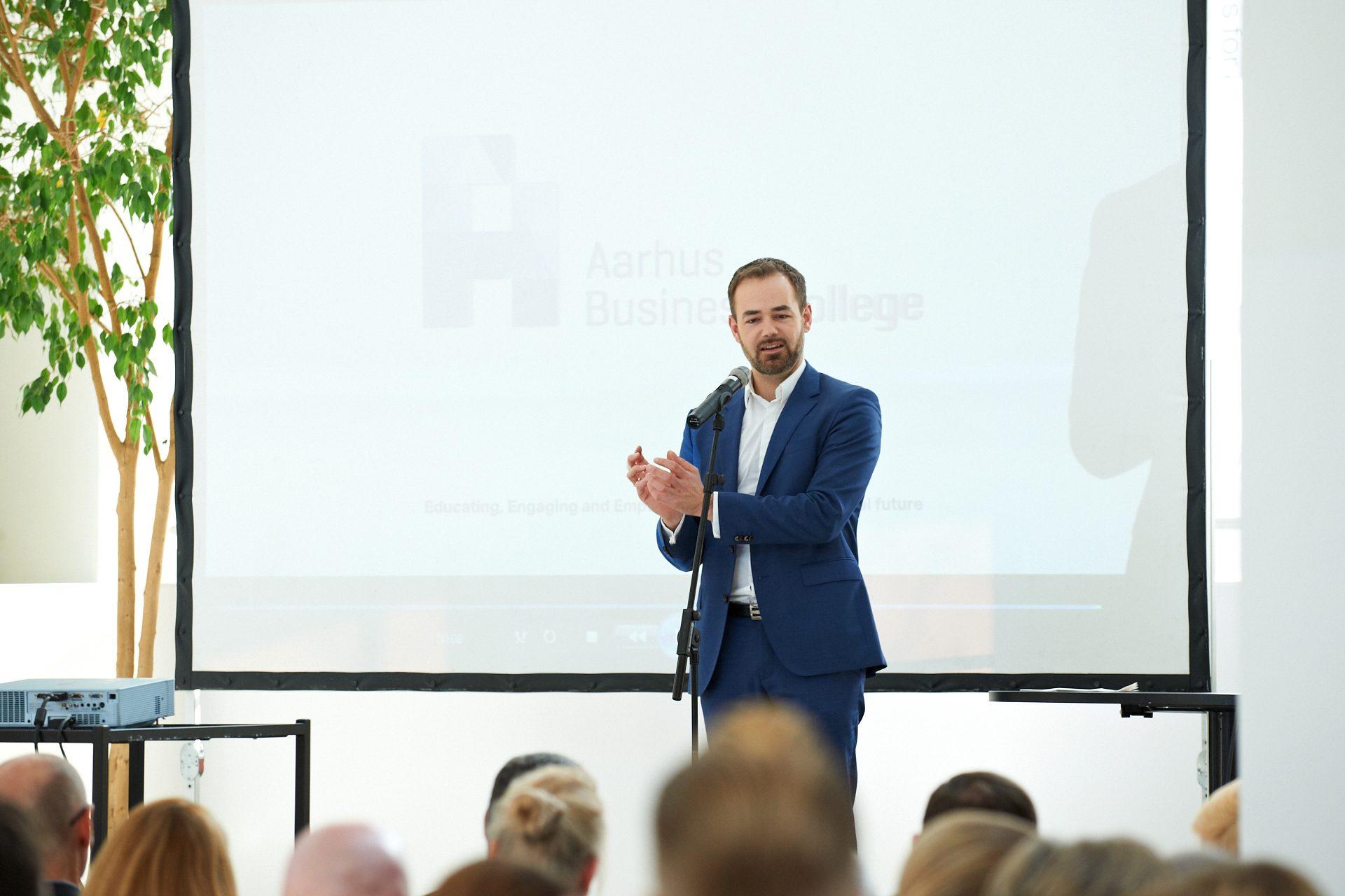 Jacob Bundsgaard Produktfotograf-Reportagefotograf-Pressefotograf-Eventfotograf