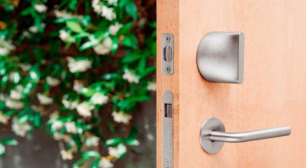 Brica Sikring forhandler Friday Lock elekstroniske låsesystemer