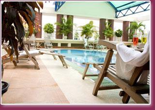 Huong pool