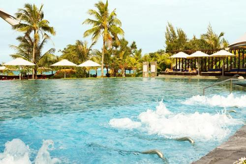 Mercury Swimming pool