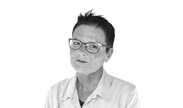 Pia Wøbbe - Tråd, Nåle, Tilbehør, Scanteam