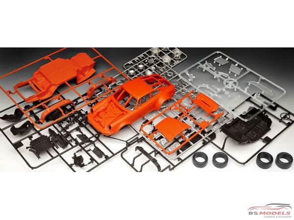 REV07031 Porsche 934 RSR Jagermeister Plastic Kit