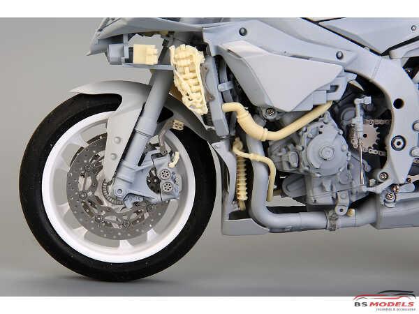 HD030546 Yamaha YZF-R1 M  detail set For TAM 14133 Multimedia Accessoires
