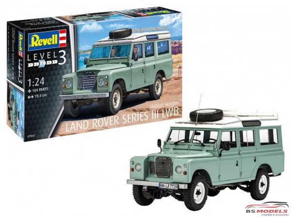 REV07047 Land Rover serie III Plastic Kit