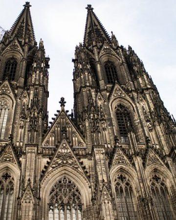 Mietbus in Köln gesucht?