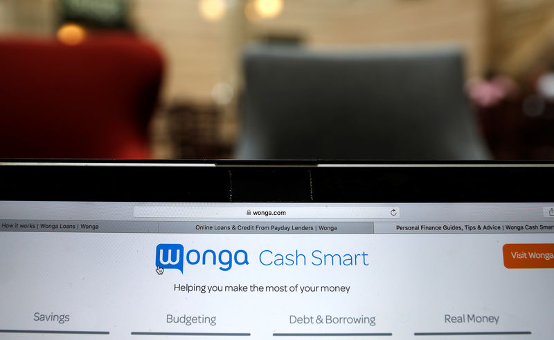 © Reuters. FILE PHOTO: The website of Wonga.com is seen on a computer screen in London in this picture illustration
