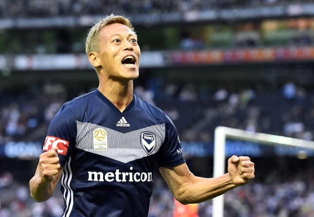 MELBOURNE, AUSTRALIA - DECEMBER 01: Keisuke Honda of the Victory celebrates scoring a goal during the Round 6 A-League match between Melbourne Victory and the Western Sydney Wanderers at Marvel Stadium on December 01, 2018 in Melbourne, Australia. (Photo by Quinn Rooney/Getty Images)