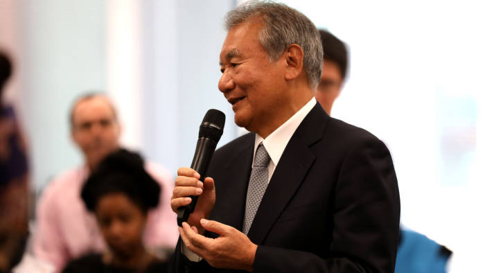 Tsuneo Kita, Nikkei chairman, speaks to FT staff in the newsroom at Bracken House, London after Lionel Barber announces he is stepping down as editor
