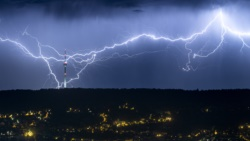 Quiz - Scientists Test Systems to Predict, Control Lightning