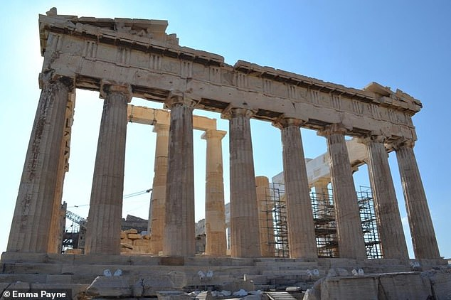 Arguably the most recognisable of ancient Greek art, the marbles' original location on the Parthenon has allowed their dating to 447–438 BC and connection to the sculptor Phidias