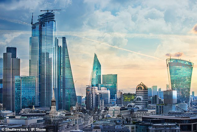 M&G suspended its Property fund in December 2019 following a high level of investor withdrawals largely due to uncertainty over Brexit and structural shifts in the UK retail sector
