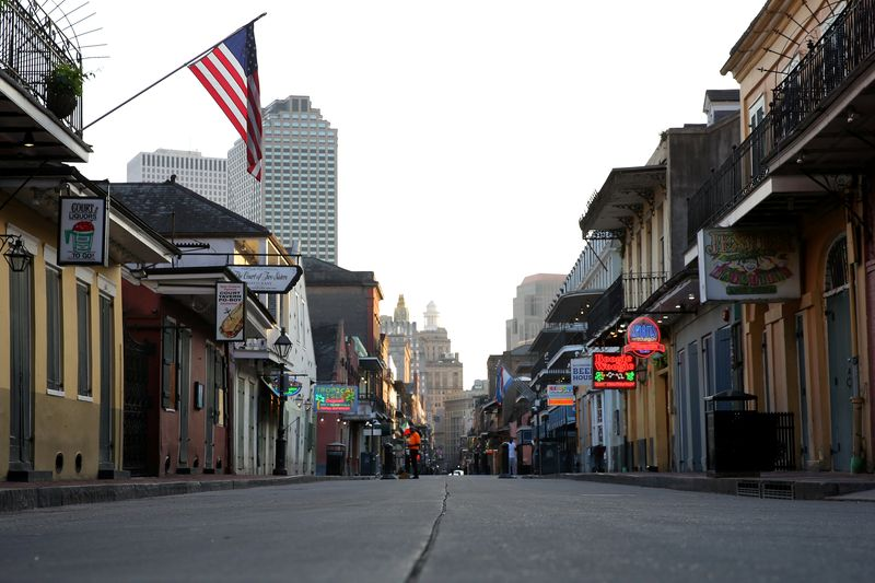 © Reuters. FILE PHOTO: A view of Bourbon Street amid the outbreak of the coronavirus disease (COVID-19), in New Orleans