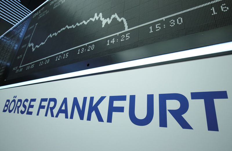 © Reuters. The German DAX Index graph is pictured during a trading session at Frankfurt's stock exchange in Frankfurt