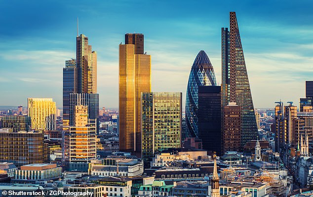 Despite steady gains yesterday, the FTSE100 fell 24.8 per cent, or 1870.48 points, in the first three months of the year to end the first quarter at 5671.96