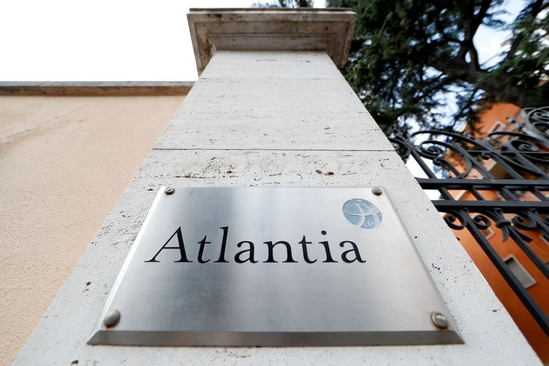 © Reuters. FILE PHOTO: An Atlantia Group sign outside its headquarters in Rome