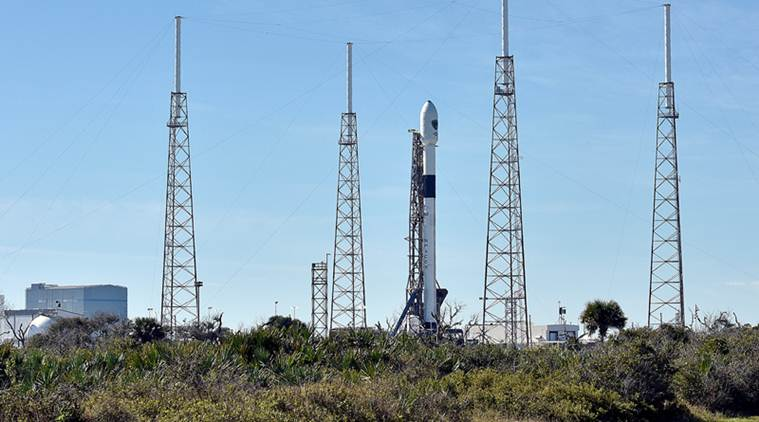 NASA, SpaceX, Boeing, SpaceX NASA contract, SpaceX manned flight, SpaceX ISS