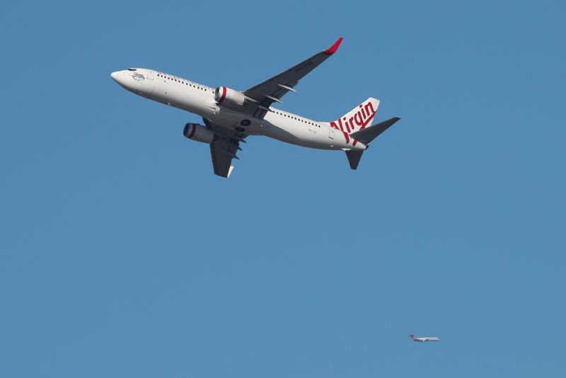 © Reuters. FILE PHOTO: A Virgin Australia Airlines plane takes off from Kingsford Smith International Airport in Sydney