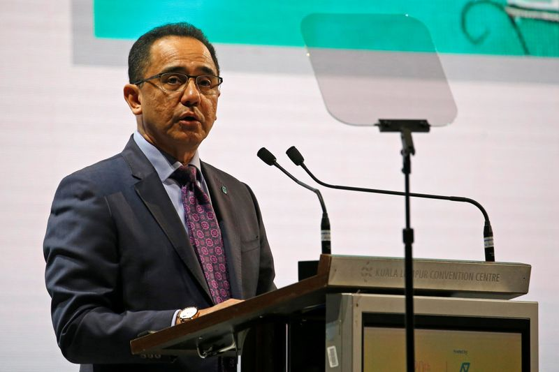 © Reuters. FILE PHOTO: Petronas CEO Wan Zulkiflee Wan Ariffin speaks during the opening ceremony of the 20th Asia Oil & Gas Conference in Kuala Lumpur