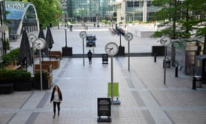 Morning rush hour in Canary Wharf on 1 June