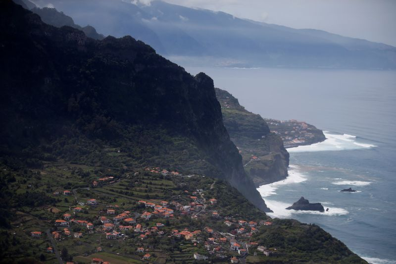 © Reuters. A general view shows the small village of Arco de Sao Jorge on Madeira's North coast