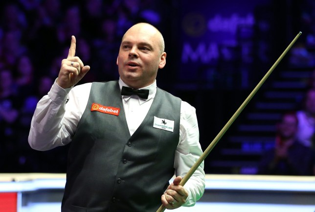 Stuart Bingham celebrates winning the Masters during day eight of the 2020 Dafabet Masters at Alexandra Palace, London. PA Photo. Picture date: Sunday January 19, 2020. See PA story SNOOKER Masters. Photo credit should read: Steven Paston/PA Wire