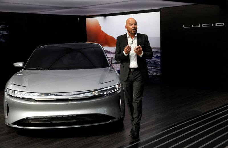 © Reuters. FILE PHOTO: Lucid Air prototype introduced at the 2017 New York International Auto Show in New York