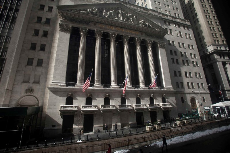 U.S. shares higher at close of trade; Dow Jones Industrial Average up 1.06%