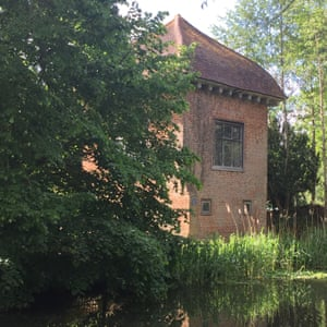 John Donne's house from the River Wey.