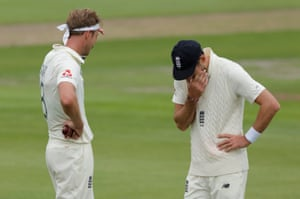 Broad and Anderson try to work out a plan.