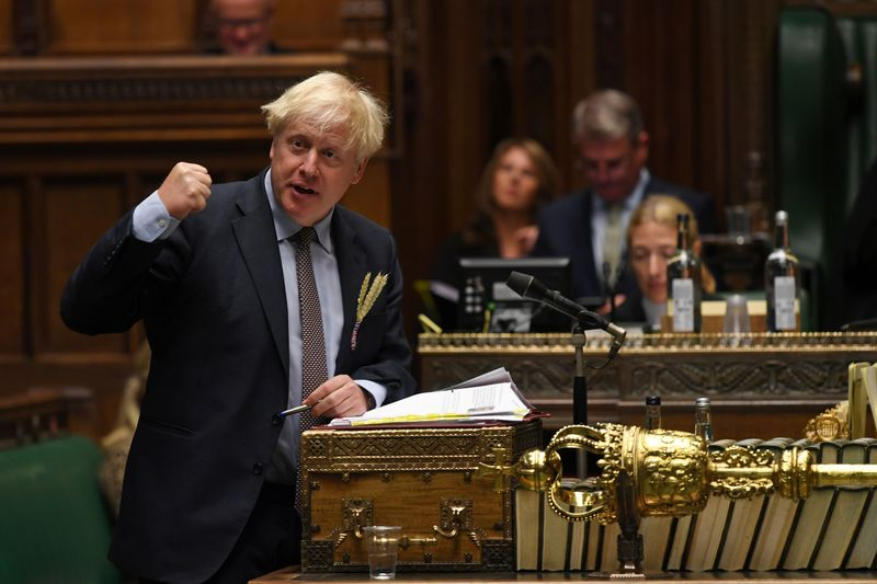 © Reuters. Britain's PM Johnson attends question period at House of Commons in London