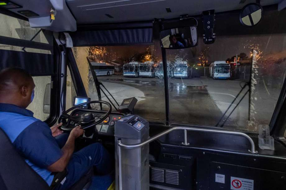 Beaumont Municipal Transit  crew members have adjusted their nightly routine to more thoroughly clean and sanitize the buses at the depot each night. Photo made on March 25, 2020. Fran Ruchalski/The Enterprise Photo: Fran Ruchalski, The Enterprise / Staff Photographer / © 2020 The Beaumont Enterprise