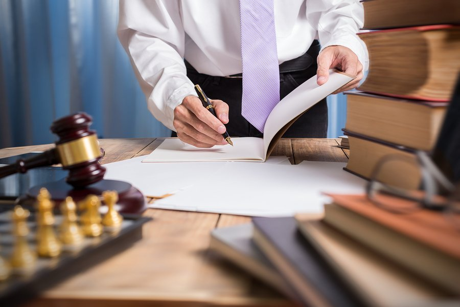 How Can a Lawyer Help with Personal Injury Litigation?