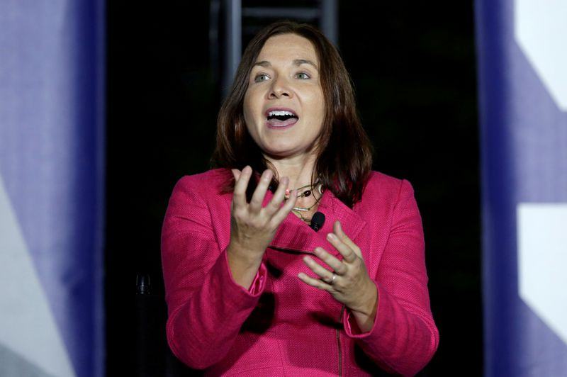 © Reuters. FILE PHOTO: Climate scientist Katharine Hayhoe speaks during a discussion on the importance of protecting the planet at the South by South Lawn event at the White House in 2016