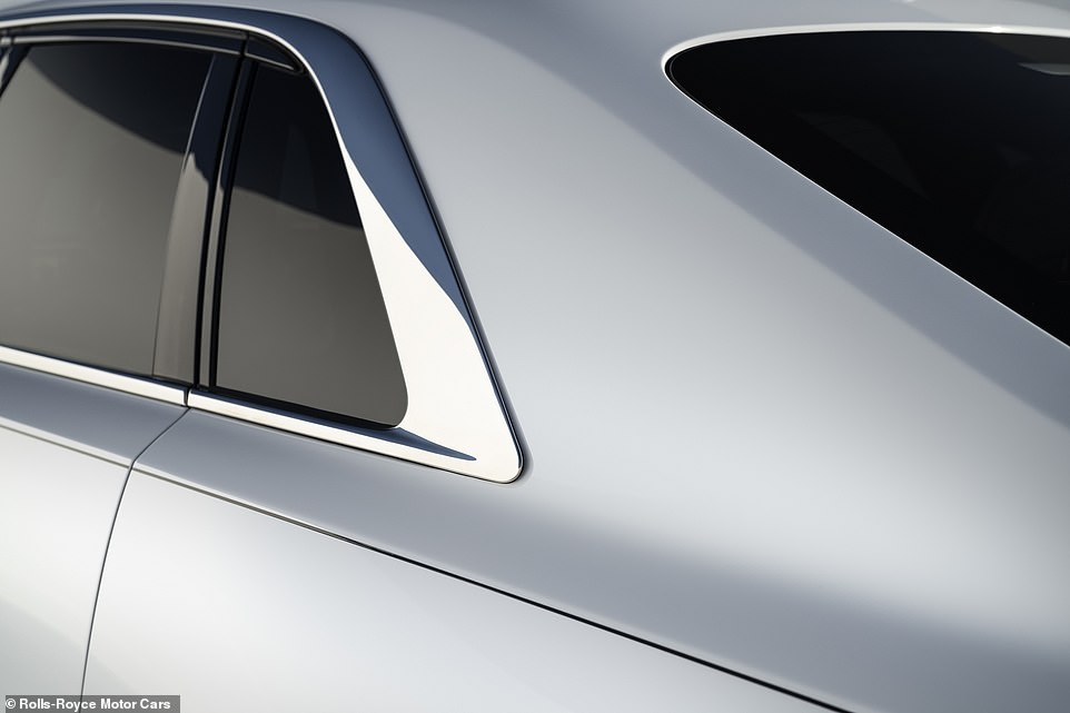 Rolls-Royce notes that to ensure a perfectly continuous seam four craftsmen hand weld the body together simultaneously. The complete absence of shut lines allows clients to run their eye from the front to the rear of the car 'uninterrupted by ungainly body seams', says the luxury vehicle maker