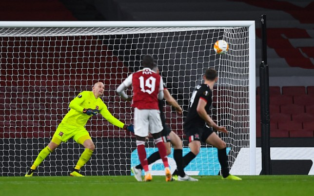 Nicolas Pepe scores for Arsenal against Dundalk in the Europa League