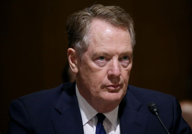 © Reuters. U.S. Trade Representative Lighthizer testifies before a Senate Finance Committee hearing in Washington, U.S.