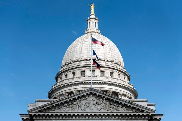 The State Capitol in Madison, Wis. A new donor-supported law firm will focus on turning back the conservative tide in Wisconsin policies and state law.