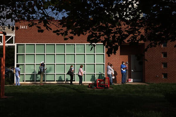 Voters waiting to cast their ballots during the first day of early voting in Charlotte, N.C., last week.