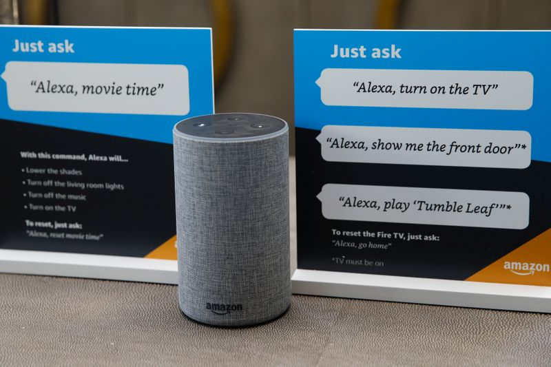 © Reuters. Prompts on how to use Amazon's Alexa personal assistant are seen in an Amazon 'experience centre' in Vallejo
