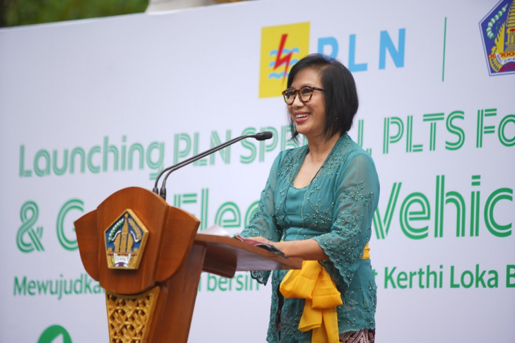 Neneng Goenadi, managing director of Grab Indonesia, at the launch of 30 electric motorcycles (EMs) and seven public electric vehicle battery swap stations (SPBKLU) in Bali on Nov. 26.