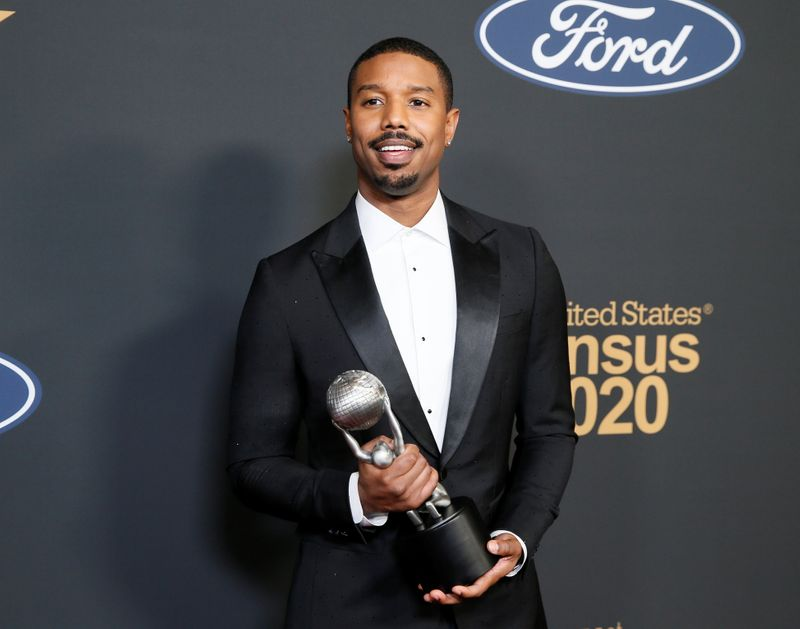 © Reuters. FILE PHOTO: 51st NAACP Image Awards – Photo Room– Pasadena - MIchael B. Jordan poses backstage with his Outstanding Actor