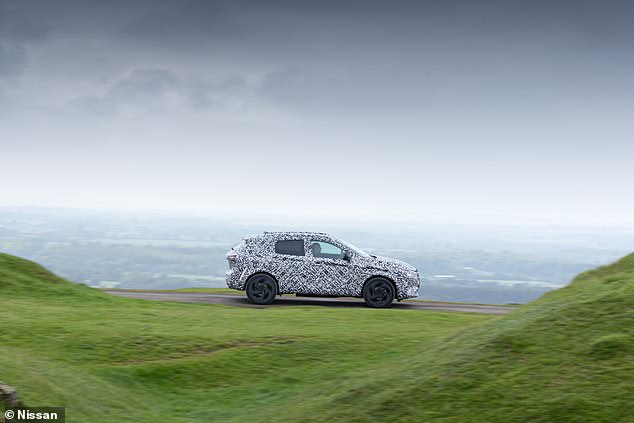 The new Qashqai will ditch diesel engines entirely. Instead, there will be two 1.3-litre mild-hybrid petrol options and a conventional e-Power hybrid
